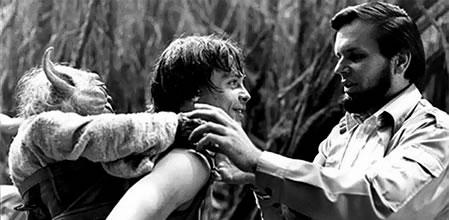 Yoda nas costas de Luke