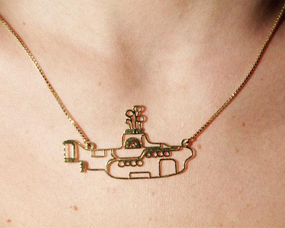 Yellow-Submarine-de-pescoço-Bem-Legaus-1